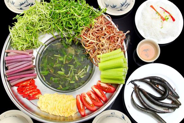 Buffet phong cách nhà hàng Phương Nam - đi 6 tính tiền 5!
