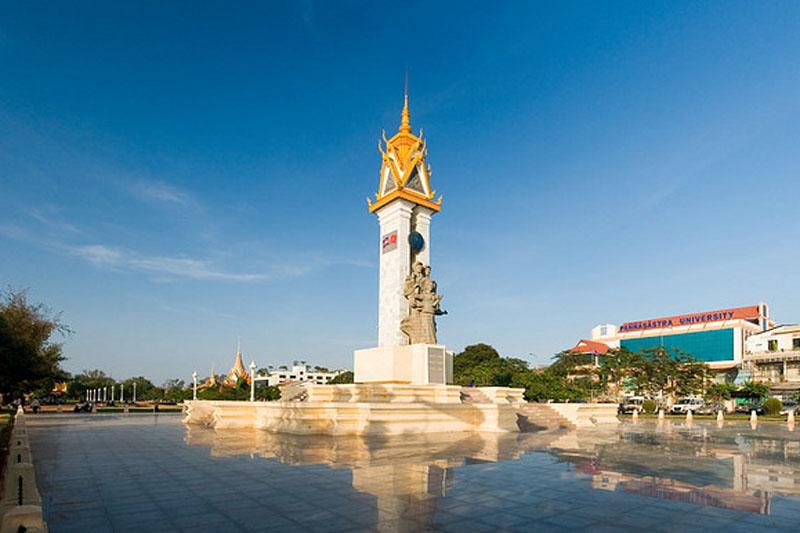 Kết quả hình ảnh cho Đài tưởng niệm Việt Nam – Cambodia