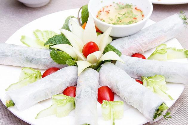 Set Cá lăng đủ món tặng Đĩa nem cuốn rau dành cho 04 - 06 người tại Nhà hàng Tây Bắc
