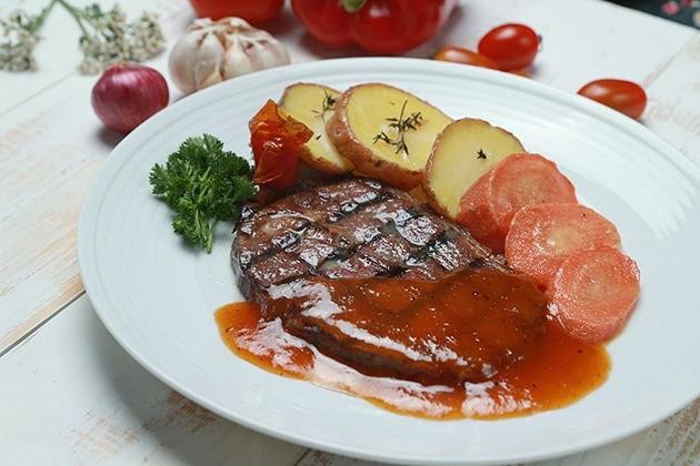 King Combo Beefsteak hấp dẫn tại Thích Bò Beefsteak 09 Sốt