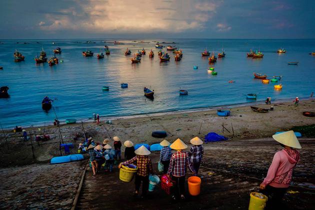 Tour Phan Thiết 2N1Đ - Fisherman show - làng chài xưa Mũi Né