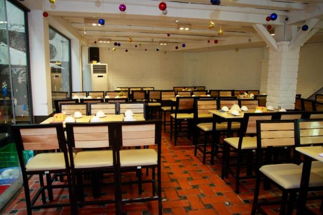 Nhà hàng Long Quân