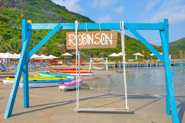 Tour 1N - Ngắm hoàng hôn trên đảo Robinson Nha Trang